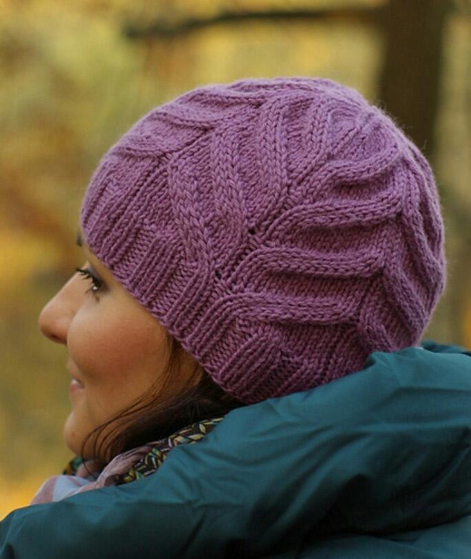 Вяжем спицами шапки с марией